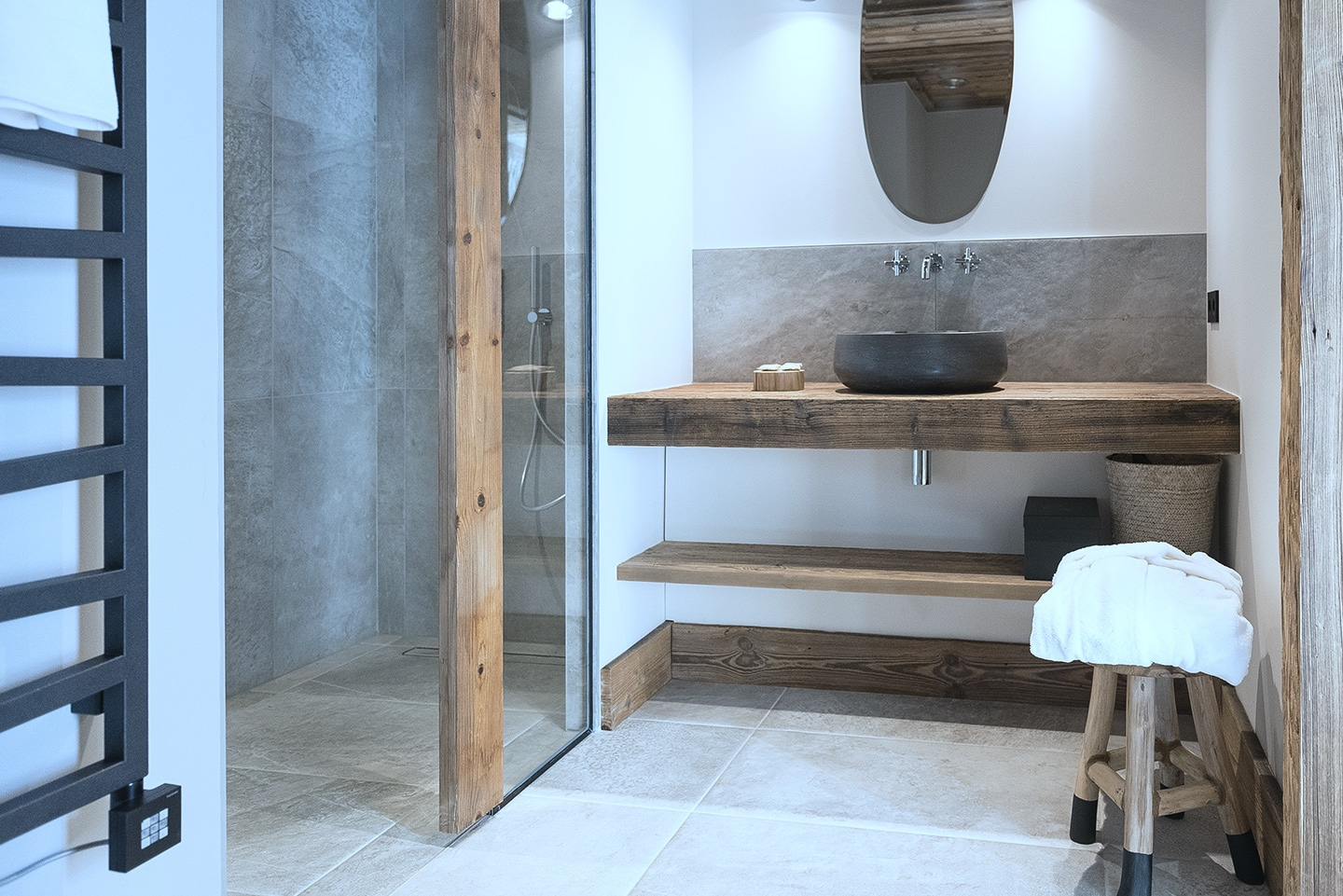 booking-chalet-luxe-val-isere-ovalala-bathroom
