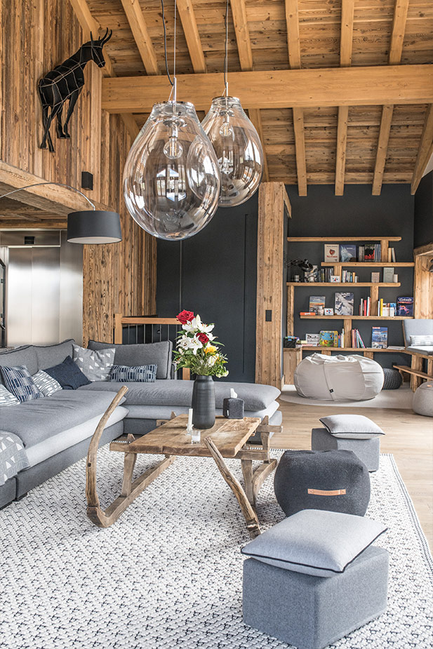 chalet-ovalala-val-disere-living-room-bibliotheque