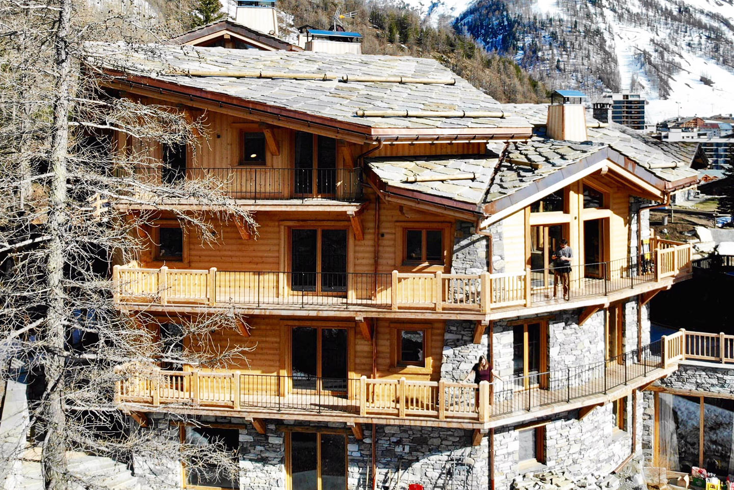 chalet-ovalala-val-disere-outside-view