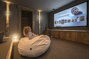 chalet-ovalala-val-disere-partage-salle-cinema