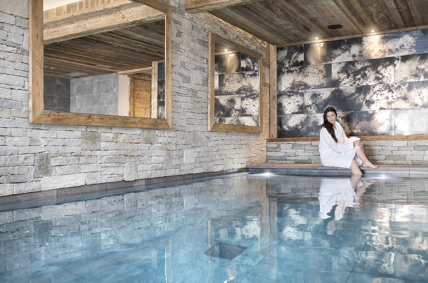 chalet-ovalala-val-disere-piscine-interieure-zoom1