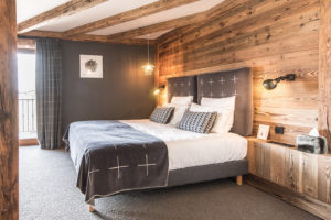 chalet-ovalala-val-disere-room2-bed