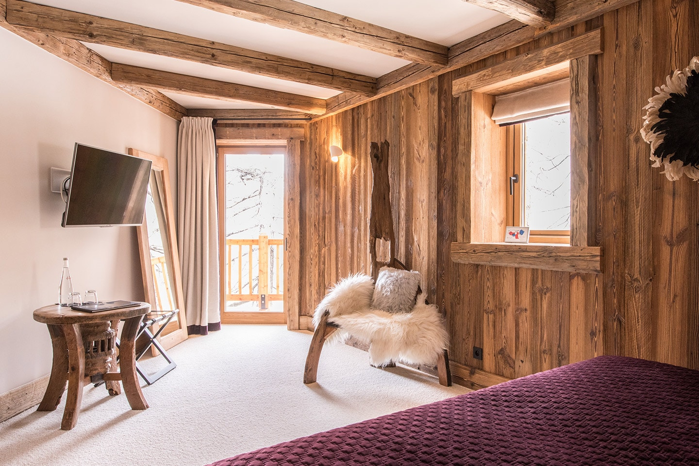 chalet-ovalala-val-disere-room3-view-from-bed