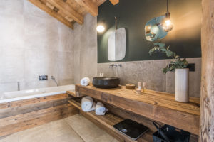 chalet-ovalala-val-disere-room5-bathroom